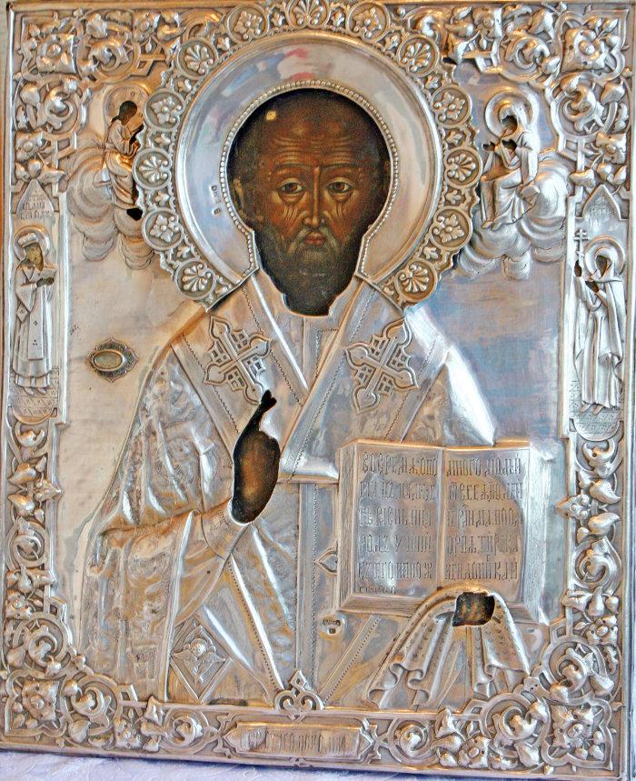 Икона с мощами святителя Николая
